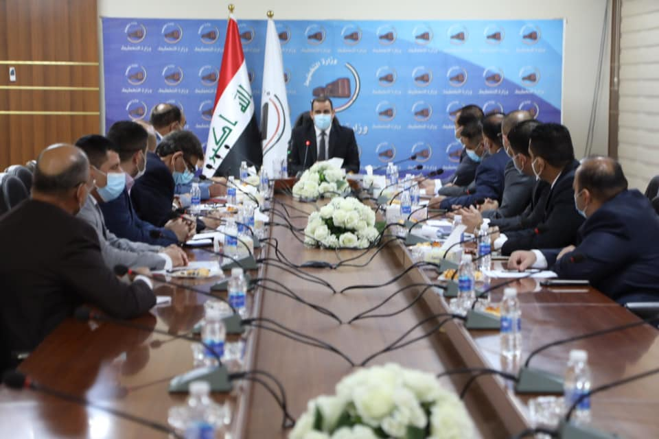 During his meeting with the President and members of the Iraqi Contractors Union .. Minister of Planning: We have put in place mechanisms that ensure the fulfillment of contractors and contracting companies' dues, amounting to (1.8) trillion dinars ... an 159777943689e0f62985c3badb5b9aadd449aecaf2--%D8%A7%D8%AA%D8%AD%D8%A7%D8%AF_%D8%A7%D9%84%D9%85%D9%82%D8%A7%D9%88%D9%84%D9%8A%D9%86_%D8%A7%D9%84%D8%B9%D8%B1%D8%A7%D9%82%D9%8A%D9%8A%D9%86
