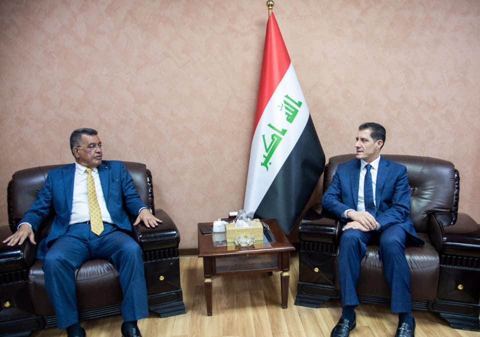 Minister of Planning discusses with a delegation from Abu Ghraib district ways to improve the reality of services in the judiciary 1572683240b86c5f29df4a390c145326ef543a0e06--%D8%A7%D8%A8%D9%88_%D8%BA%D8%B1%D9%8A%D8%A8
