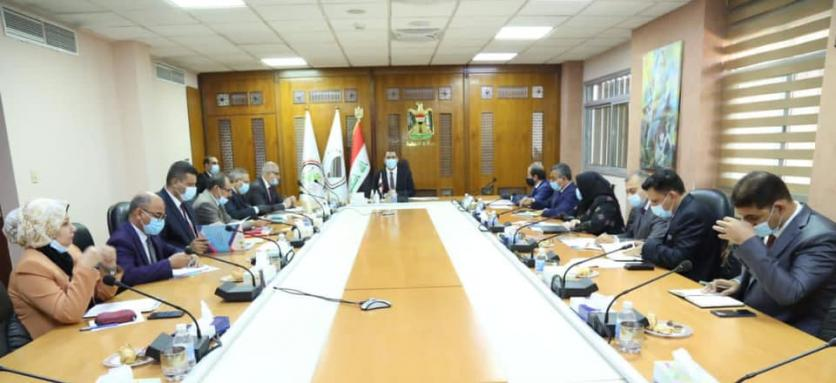 In the presence of the Director of the United Nations Human Settlements Program and the agents of a number of ministries ... the Minister of Planning chairs the meeting of the Supreme Steering Committee of the Slum Treatment Project in Iraq 1604502567cf197d18558d2286bbeec9db0cf09803--%D9%85%D8%B3%D8%AA%D9%88%D8%B7%D9%86%D8%A7%D8%AA_%D8%A8%D8%B4%D8%B1%D9%8A%D8%A9