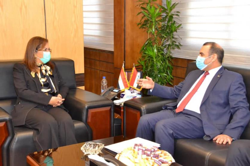 At the head of a high ministerial and governmental delegation ... the Minister of Planning arrives in Cairo to activate the agreements and projects emanating from the Iraqi-Egyptian-Jordanian Coordination Council. 16076246091ef74a2da3cb4371c018ff88f0da19b3--%D9%88%D8%B2%D9%8A%D8%B1%D8%A9